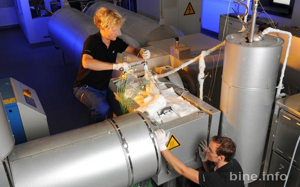 chemische Wärmespeicherung mittels Kalk © DLR