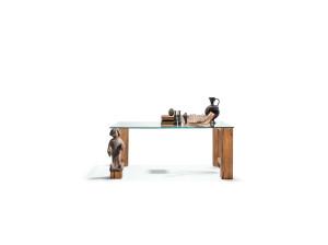 Möbel / Tisch / Design