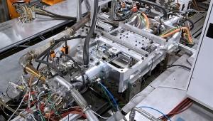 Der Freikolbenlineargenerator (FKLG), ein neuartiger Range-Extender für Elektrofahrzeuge / DLR