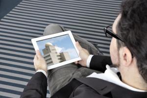 Mit LTE und dem Kompressionsstandard HEVC sind lange Ladezeiten beim mobilen Videogucken passé / Bild: Fraunhofer HHI