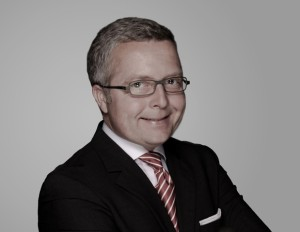 Stephan Heinrich, Vertrieb, Verkauf