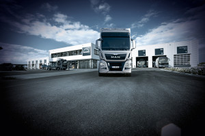 Truck, LKW, MAN, Lastwagen, Logistik, Transport, Verkehr