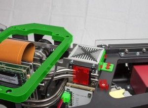Bei der modellbasierten Montageprüfung werden die digitalen Solldaten montierter Bauteile mit dem realen Ergebnis durch eine Software miteinander verglichen. Fehler werden unmittelbar erkannt. (c) Fraunhofer IFF