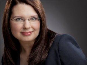 Maria Singer, Finanzexpertin, strategische Metalle