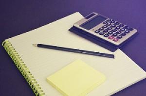 Taschenrechner, Block, STift, Krisen-Projekte, rechnen, abschreiben, abschreibung