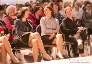 lachende Frauen, Feminess Kongress, Unternehmerinnen