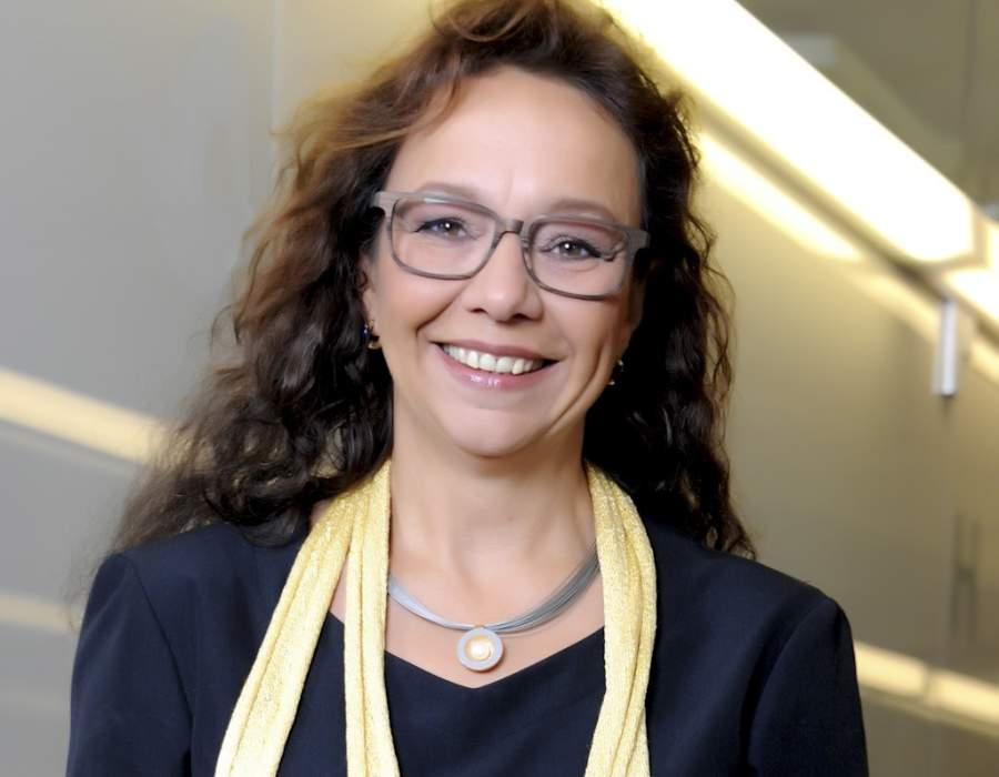 Ulrike Knauer, Mit den Augen hören, KÖrpersprache, Verkauf, Marketing, Vertrieb, Verkaufsgespräch