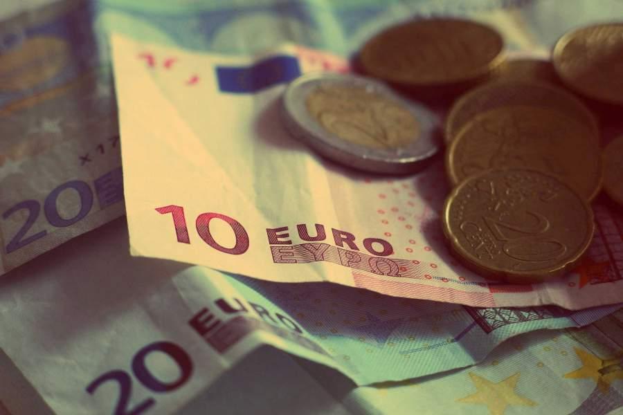 Sparen und Zinsen