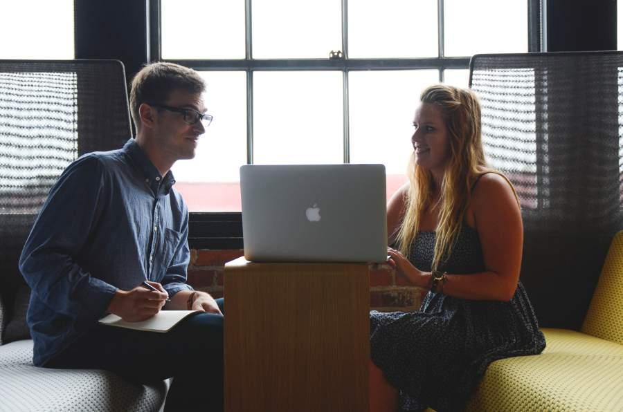 Mentoring, Mentor, startup, talking, apple, kommunikation, sprechen, sprechstimme