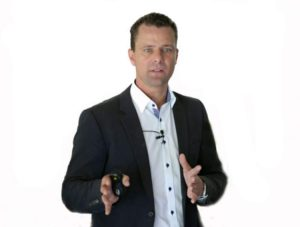 BGM im Unternehmen nachhaltig und erfolgreich umsetzen, das ist Bastian Schmidtbleichers Steckenpferd