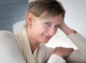 Silvia Doberenz, Kabarettistin, Persönlichkeitsentwicklung, Esoterik, Karma-Comedy