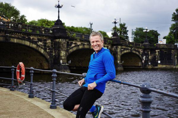 Andreas Enrico Brell, Jogging, Laufsport, Brücke, Leichtigkeit, Wertekoffer neu packen
