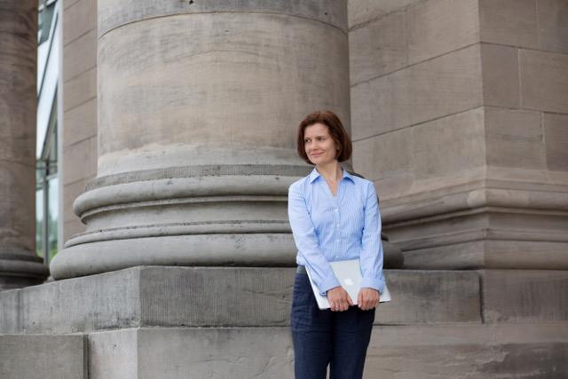 Friederike Gonzalez Schmitz, professionelles LinkedIn-Profil, Social Media Sommer-Camp