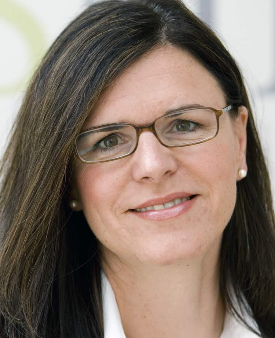 Sabine Heukrodt-Bauer, Social Media und Recht, Webinar, Social Media Sommer-Camp 2017
