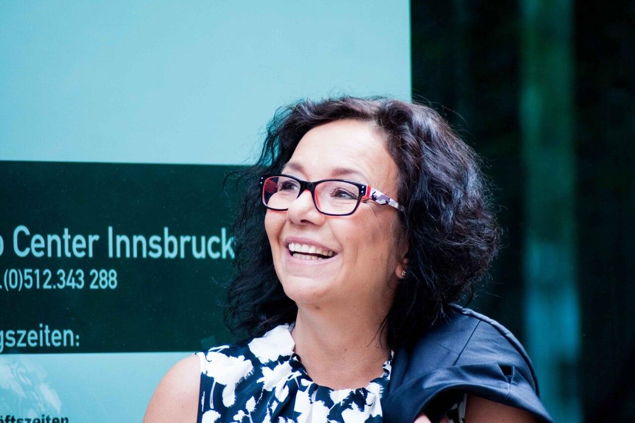 Ulrike Knauer, Vertriebsspezialistin, wahres Interesse am Verkauf, aktives Zuhören am Telefon