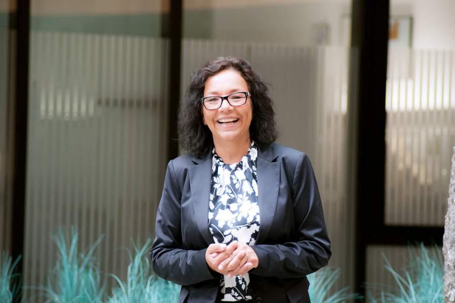 Ulrike Knauer, Vertriebsspezialistin, erfolgreiches Verkaufsgespräch, Missverständnisse vermeiden, aktives Zuhören am Telefon