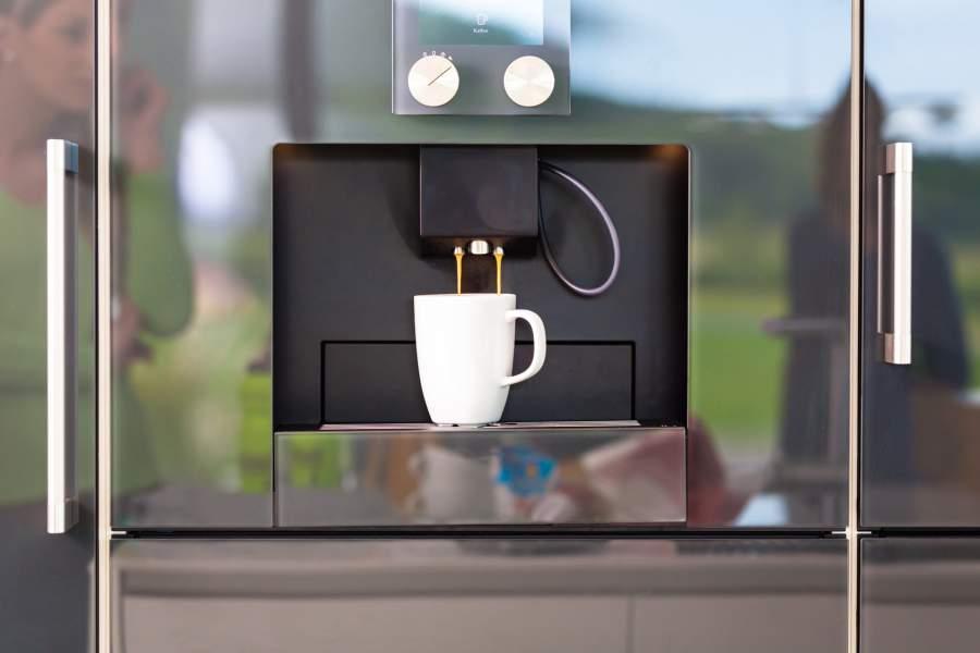 Kaffeemaschine, Kaffeetasse, Automatisierung, Kaffeevollautomaten richtig reinigen, Gesundheitsrisiko Kaffeevollautomat