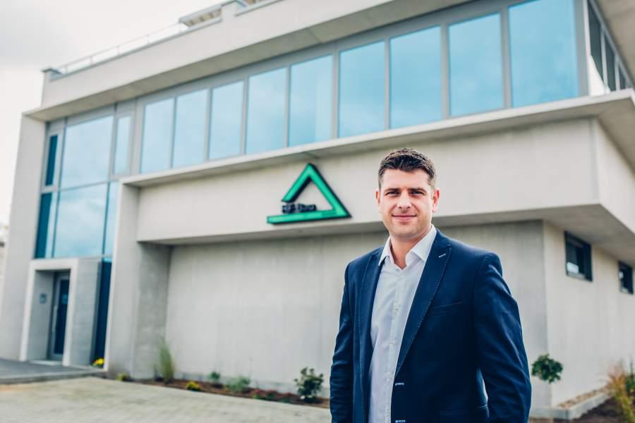 Tino Falkowski, Hochbau Falkowski, Hochbau Berlin, Hochbau Brandenburg, Luckau, Firmengebäude, Interview