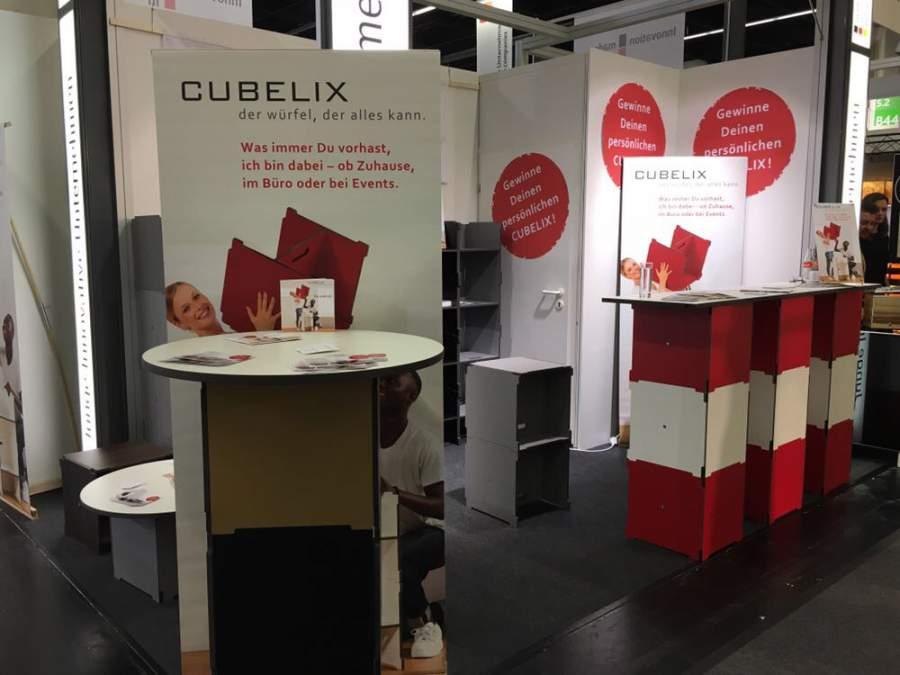 imm cologne, innovativer Würfel, Sitzwürfel, Würfel, multifunktionales Möbelsystem