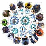 Zahnräder, Menschen, runder Tisch, Diversität, Geräte, Devices, Cloud-Zugriff, cloudbasierte Software-Lösung, Mitgliederverwaltung, Buchhaltung, Verbandsverwaltung