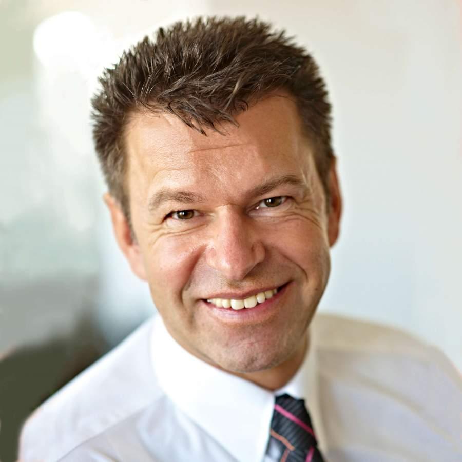 Jürgen Balhuber, Trainer, Redner, Mentor, Selbstkompetenzt, Sozialkompetenz in Unternehmen, inspirierend führen, gute Mitarbeiterführung, Führungsstil, Werte in Unternehmen