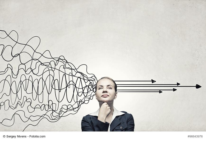 Entscheidung, Planung, STrategie, Nachdenken, Geschäftsfrau, Businesswoman, komplexität, komplexitaet