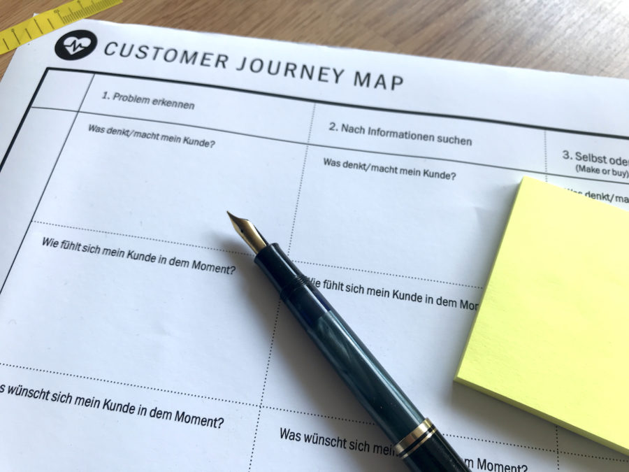 Stift, Zettel, Customer Journey Map, Social Media Sommer-Camp 2018, Maren Martschenko, Kunzentriertes Marketing, Social Media