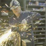 Metallverarbeitung, Metallbearbeitung, Sicherheit Metallbranche, Arbeitssicherheit verbessern, Schutzkleidung, PSA, Mitarbeitersicherheit verbessern, Sicherheitsbewusstsein erhöhen, Bewusstsein für Sicherheit und Risiken verbessern