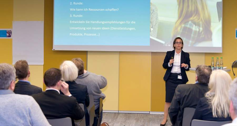 Innovationsexpertin Bianca Prommer im Vortrag