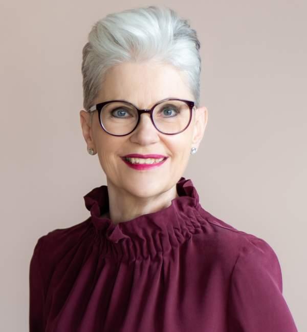 Profilbild Portrait klein Elisabeth Motsch